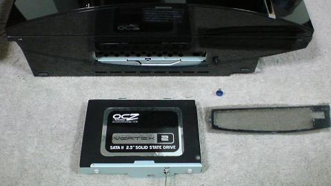 PS3 2台のSSD 60GB 換装の違いは!(OCZ OCZSSD2-2VTXE60G と OCZSSD2-2C60G)01.JPG