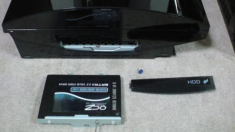 PS3 2台のSSD 60GB 換装の違いは!(OCZ OCZSSD2-2VTXE60G と OCZSSD2-2C60G)02.JPG