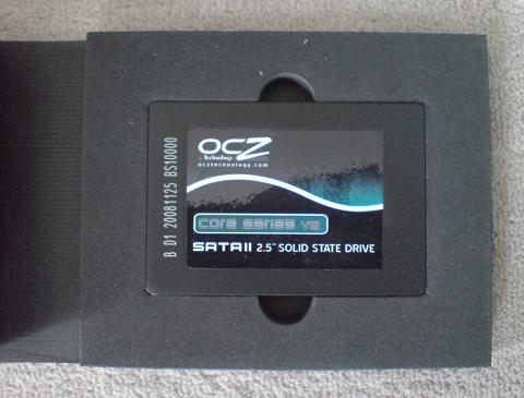 PS3 2台のSSD 60GB 換装の違いは!(OCZ OCZSSD2-2VTXE60G と OCZSSD2-2C60G)03_3.JPG