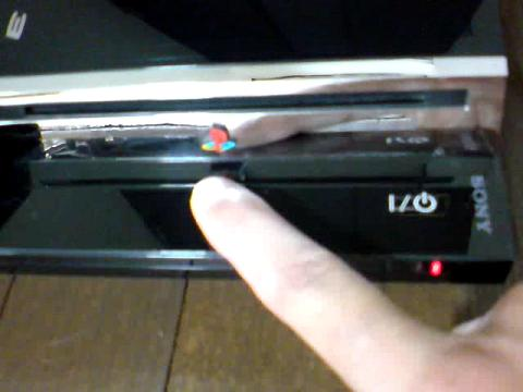 PS3 60GB 赤点滅から、飲み込まれたディスク(GT5)の救出を試みる⑤.JPG