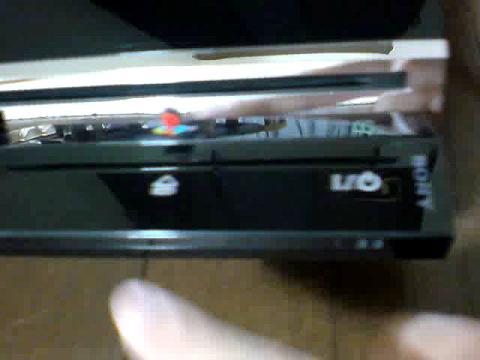 PS3 60GB 赤点滅から、飲み込まれたディスク(GT5)の救出を試みる⑫.JPG