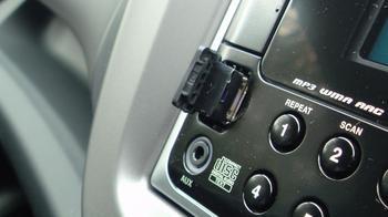 デュアルサイズCD/USBコンポにUSB メモリーアダプターを直差し!③.JPG