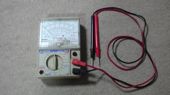 車載ホルダーの配線をしたら時計の照明が点灯しない!①.JPG