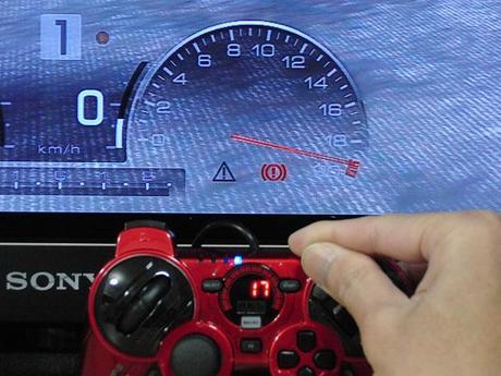 HKS Racing Controller をGT5で使うと、アクセルが...17.JPG