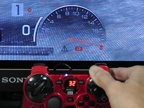 HKS Racing Controller をGT5で使うと、アクセルが...32.JPG