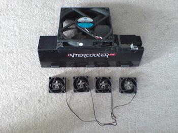 INTERCOOLER TS for PS3 ⑬ オリジナル 4cm FAN x4 VS 12cm FAN.JPG