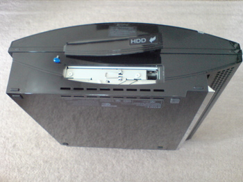 PS3 60GB SSD換装 5 HDD交換用ネジの取り外し.JPG