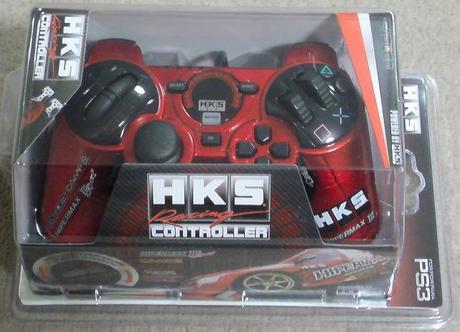 PS3 GT5用に赤いコントローラを手に入れた(これで通常の3倍か?).JPG