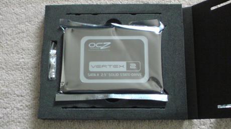 PS3の換装するSSD OCZ OCZSSD2-2VTXE60Gのスペックと中身⑨.JPG