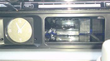 iPod nano (5th) 専用の車載ホルダー完成?④.JPG