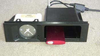 iPod nano (5th) 専用車載ホルダーへのドッキング!③.JPG