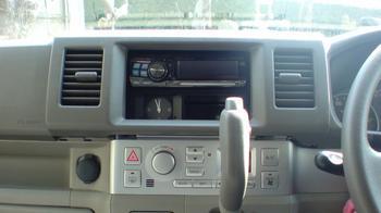 iPod用車載ホルダーを再製作 オーディオパネルの取り外し③.JPG