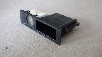 iPod用車載ホルダーを再製作 オーディオ取り付けキットからの取り外し⑦.JPG